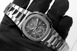 Patek Philippe Nautilus Travel Time replica