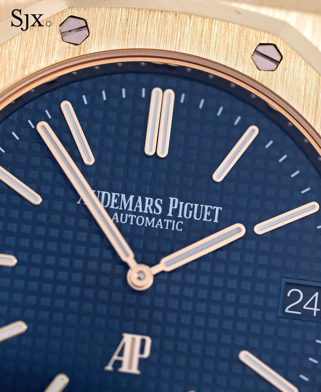 AP Royal Oak Extra Thin yellow gold blue dial