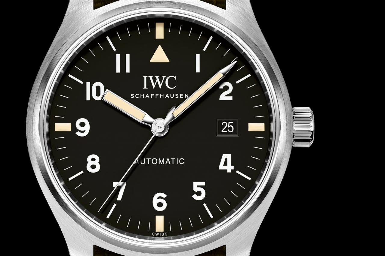 https://i1.wp.com/d23x6d9cx8qezf.cloudfront.net/wp-content/uploads/2017/06/IWC-Pilot-Watch-Mark-XVIII-Edition-Tribute-to-Mark-XI-IW327007-1.jpg
